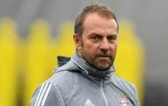 Hansi Flick trao đổi với sếp lớn, Bayern sắp khuấy đảo chợ Hè?