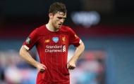 Michael Owen chỉ điểm ngôi sao tệ nhất nơi hàng thủ Liverpool