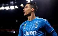 Hành động nhân văn của Ronaldo là... giả