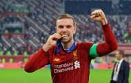 Vừa nâng cúp ở Qatar, thủ quân Liverpool đã nghĩ đến Leicester