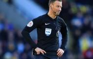 Cựu trọng tài Premier League: ''Ngưng dùng VAR bắt việt vị đi''