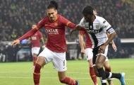 Chốt thỏa thuận, Man Utd chuẩn bị bán đứt Smalling cho Roma
