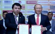 Điểm tin bóng đá Việt Nam tối 21/2: VFF phải tự trả lương HLV Park Hang-seo
