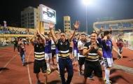 Tân vương V-League sẽ không buông ở 5 vòng cuối