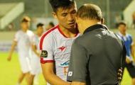 HLV Park Hang-seo an ủi học trò cưng sau thất bại đầu tiên tại V-League