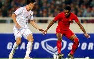 Khiêu khích Tấn Sinh, tiền đạo 'già trước tuổi' của U23 Indonesia nhận cái kết đắng lòng