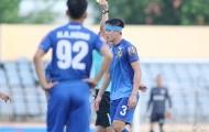 HLV Lê Huỳnh Đức: 'Tấn Sinh đáng lẽ bị thẻ đỏ trực tiếp'