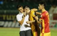 Vòng cuối V-League 2019: Vừa đá vừa nối mạng