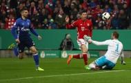 Chùm ảnh: Lewandowski tỏa sáng, người cũ nhận thẻ đỏ, Hùm xàm dễ dàng vào Bán kết