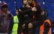 Pique từ tội đồ thành người hùng, Barca chia điểm trên sân khách