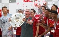 Jupp Heynckes nâng cao Chiếc đĩa bạc trước khi chia tay Bayern Munich
