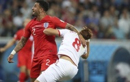 Pha 'gài cùi chỏ' lộ liệu của Kyle Walker khiến tuyển Anh suýt phải trả giá