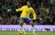 Khi sao nữ lắc cổ chân qua người và kiến tạo như Ronaldinho