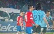 Khiếm nhã với Cavani, Gonzalo Jara chỉ phải nhận án phạt 3 trận