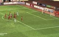 Cú cứa lòng đẹp mắt của Sterling vs Việt Nam