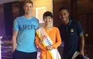 """Cô gái Việt bất ngờ """"minh oan"""" cho Sterling và Man City"""