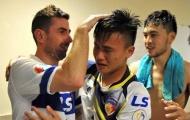 Cựu tuyển thủ Tây Ban Nha rơi lệ khi chia tay Thái Sơn Nam