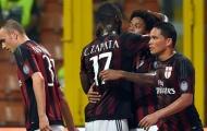 Balotelli không ra sân, AC Milan thắng nhọc Empoli nhờ Adriano
