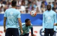 Tân binh M.U khiến Giroud 'đứng hình' trong buổi tập của ĐT Pháp