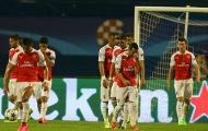 Arsenal chụp ảnh toàn đội giống hệt mùa trước