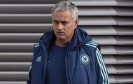 Mou tuyên bố xanh rờn, sao Chelsea sợ một phép