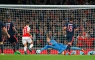 Dấu ấn người hùng – tội đồ của Neuer ở trận thua Arsenal