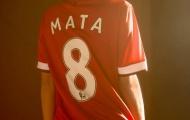 """Chiêm ngưỡng vẻ đẹp của siêu mẫu """"phải lòng"""" Juan Mata"""