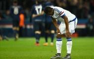 Obi Mikel bị chỉ trích khi để Ibrahimovic ghi bàn