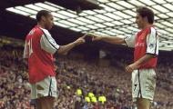 Huyền thoại Arsenal tuyên bố giải nghệ