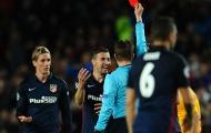 'Thẻ đỏ của Torres thật không công bằng'
