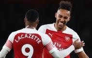 Arsenal bại trận, Top 4 'căng như dây đàn': Cờ trao tay M.U
