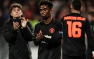 Fan Man Utd: 'Sẵn sàng để xem Man Utd biến Almiron thành Kaka thời đỉnh cao'