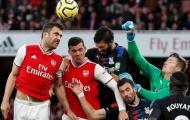 Per Mertesacker ra tay thanh trừng 8 người, thay đổi Arsenal từ gốc