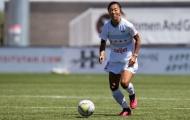 CHOÁNG! Nữ cầu thủ đầu tiên khoác áo CLB nam - một nhà vô địch World Cup
