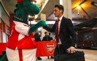 Quá cao cả! Ozil trả toàn bộ tiền lương cho linh vật vừa bị Arsenal sa thải