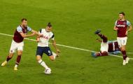 Bale hỏng ăn ở tình huống đối mặt khiến Spurs trả giá đắt