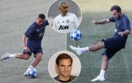 Phải đá trên sân cỏ nhân tạo, Mourinho muốn biến MU thành 'Federer'