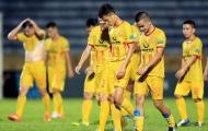 Các CLB V-League trước Tết Nguyên Đán: Không thưởng, chỉ mong đừng nợ lương