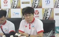 HLV Lee Heung-sil tiết lộ câu chuyện với thầy Park trước trận với Thanh Hóa