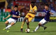 Lọt lưới 8 bàn sau 3 trận: Báo động đỏ cho Nhà vua V-League