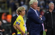 HLV Sint-Truiden chỉ ra điều Công Phượng cần cải thiện để có cơ hội ra sân