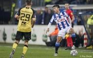 Trợ lý HLV Heerenveen 'nắn gân' Đoàn Văn Hậu sau những sai sót ở trận ra mắt