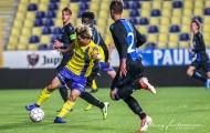 HLV Sint-Truiden nói điều phũ phàng về Công Phượng, chỉ ra lý do không đăng ký thi đấu