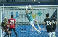 Đặng Văn Lâm chơi xuất sắc, Muangthong vẫn lỗi hẹn với ngôi vô địch