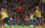 Huyền thoại Manchester United nói điều khiến cổ động viên Arsenal đứng ngồi không yên