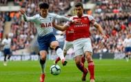 Trụ cột Arsenal bất ngờ chia sẻ về tương lai của mình