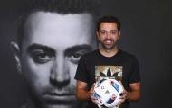 Xavi muốn tiếp tục chơi bóng, phủ nhận tin đồn làm HLV