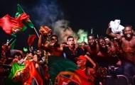 Fan Bồ Đào Nha vỡ oà trong niềm vui vào chung kết EURO