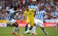 Tài năng của Hazard khiến cả đồng đội lẫn đối thủ đều phải cười