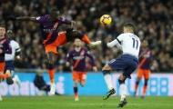Sao Man City gây sốc với pha đánh nguội thô thiển trước Tottenham